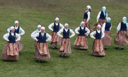 Atelier d'initiation aux danses estoniennes, <br>le 18 novembre à Paris